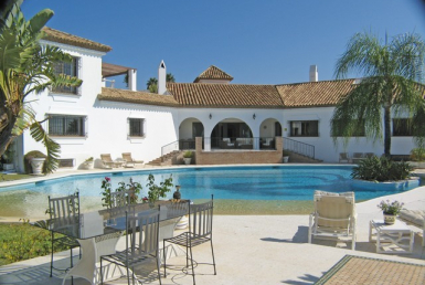 Villa for sale in  El Paraiso